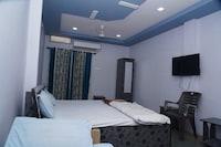 OYO 82356 Hotel Shreenathji