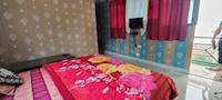 OYO 82412 The Kanatal Home Stay