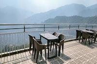 OYO 82447 Nature Inn