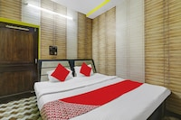 OYO 82473 Hotel Meet