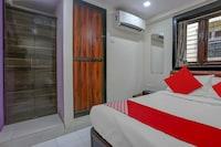 OYO 82521 Sadguru Lodge