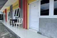 OYO 90616 Jojo Residence Syariah