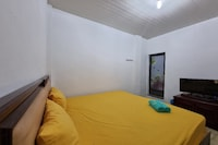 OYO 90645 Karisma Residence
