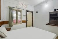 SPOT ON 82761 Chithra Residency