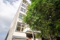 Collection O 82772 Hotel Ay Villa