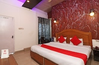 OYO 6908 Hotel Royal City