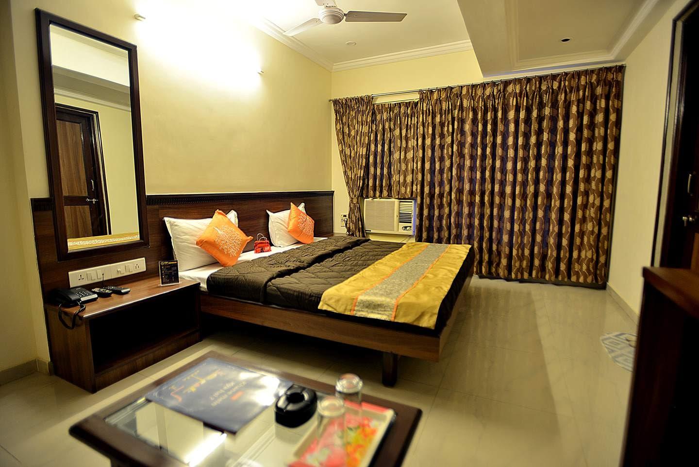 OYO 26315 Hotel Alpha -1