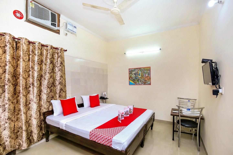 OYO 6933 Satyam Home Stay -1