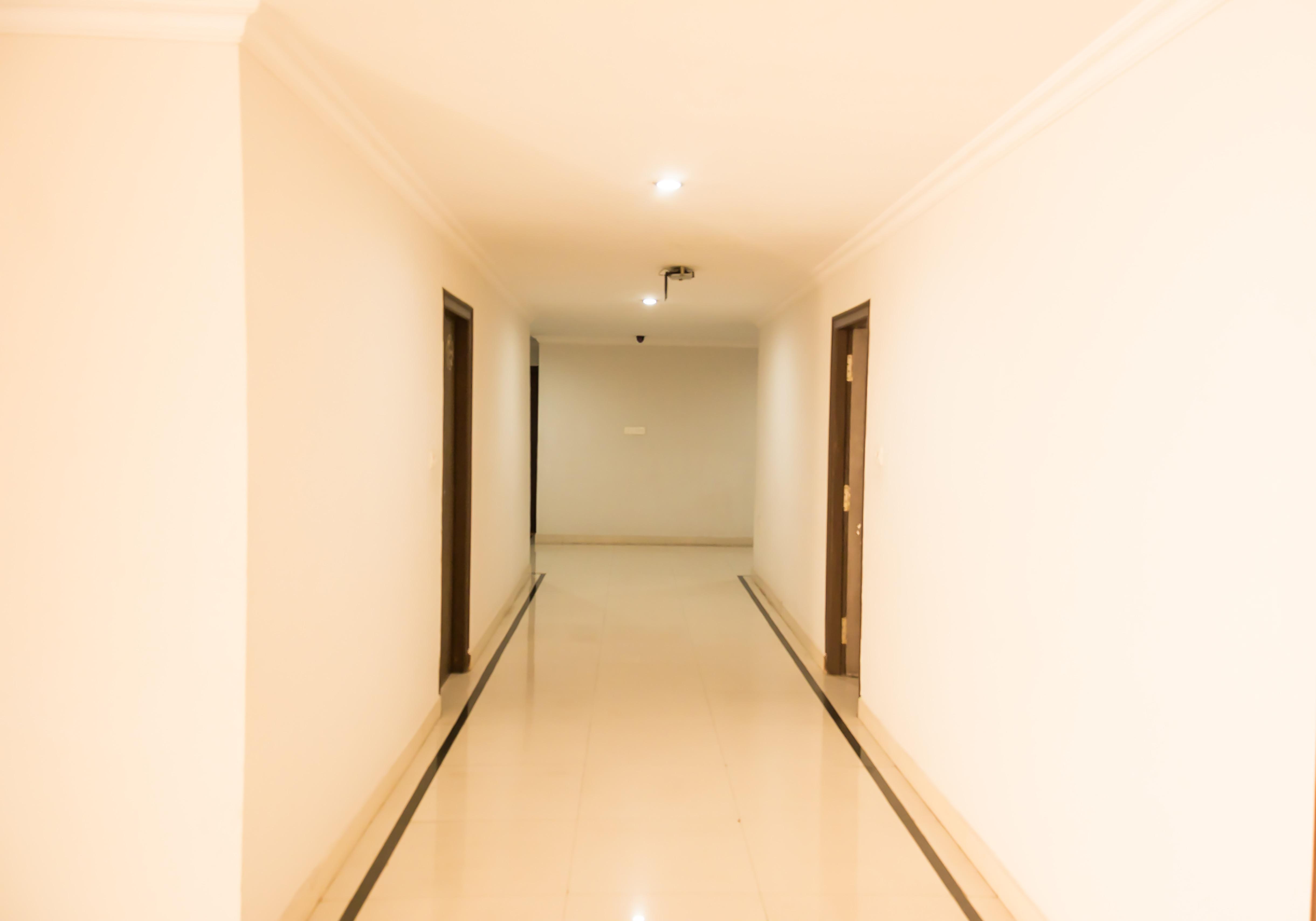OYO 6938 Hotel Meena Paradise