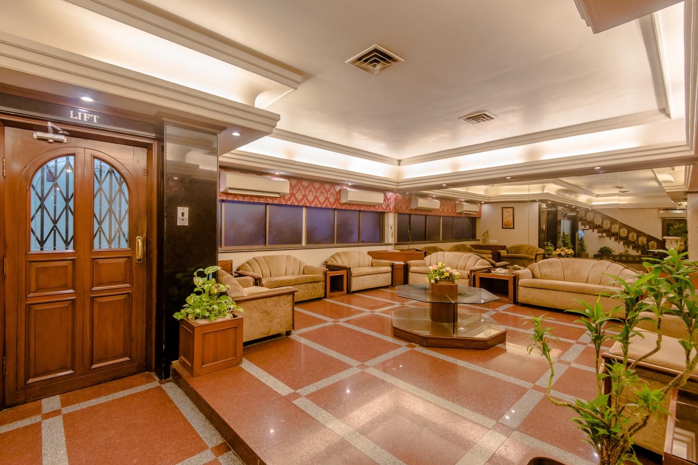 OYO 6963 Hotel Mogul Palace -1