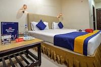 Hotel Sitara Grand 095