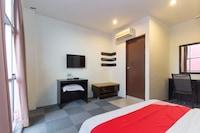 OYO 277 Hotel Shangg