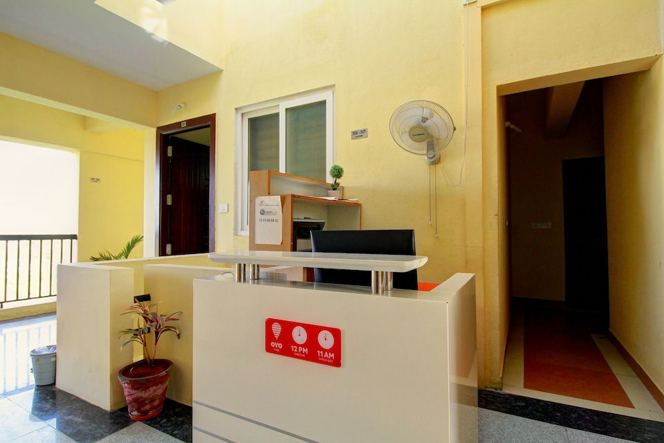 OYO 7021 High Point Serviced Apartment