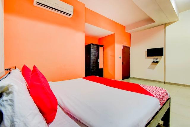 OYO 7205 Golden Residency - Palam Dwarka