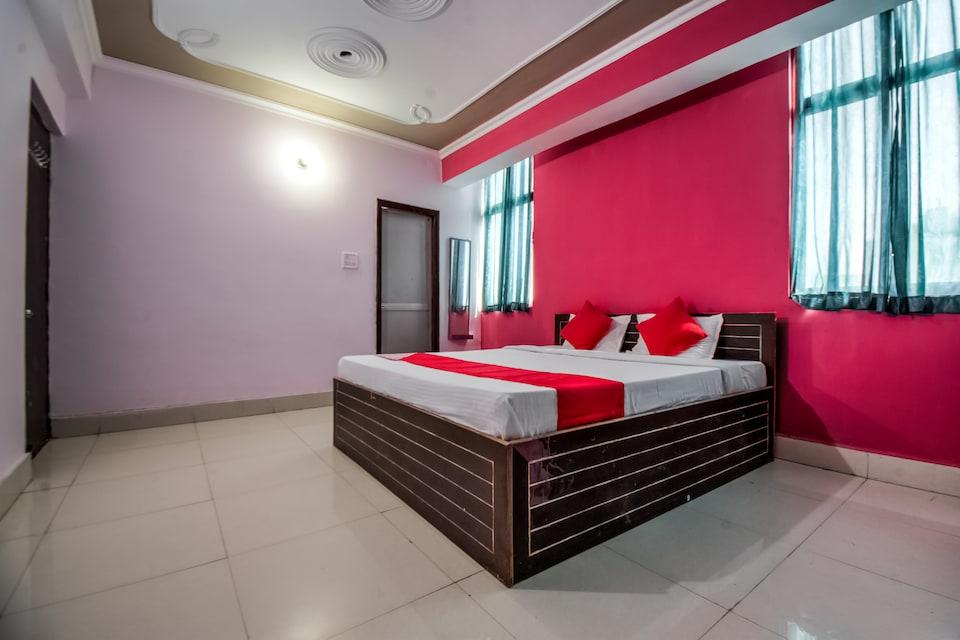 OYO 7226 Sri Sai Manas Hotel & Banquets