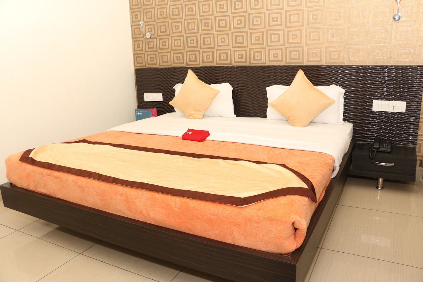 OYO 1075 Hotel City Home -1