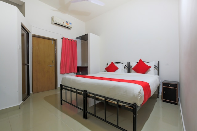 OYO 7315 Emerald Guest House