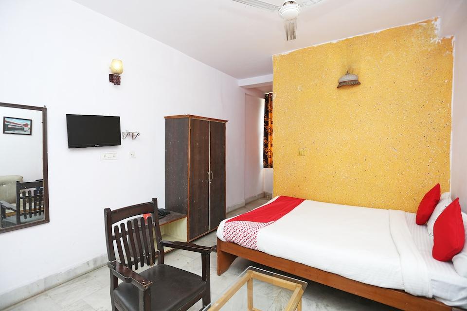 OYO 7321 Hotel Lord Shiva