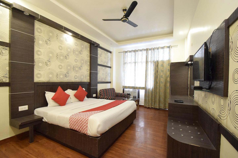 OYO 7358 Hotel Jagdish Residency -1
