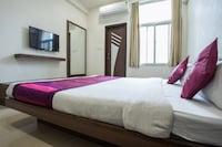 OYO 7421 Hotel Relex