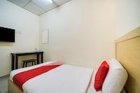 OYO 301 River Inn Hotel