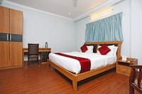 OYO 7552 Hotel Sky Grand