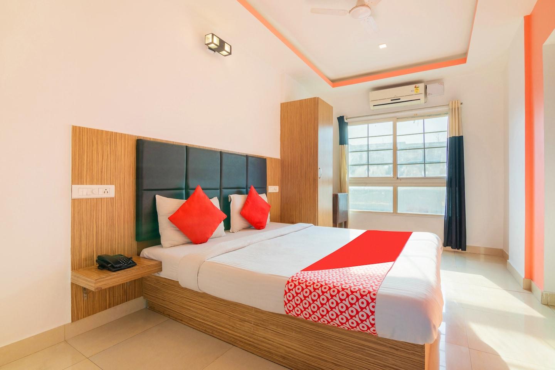 OYO 7558 Galaxy Comfort Inn -1