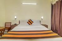 OYO 7578 Hotel Luck Residency