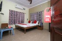 OYO 7622 Varanasi Stays