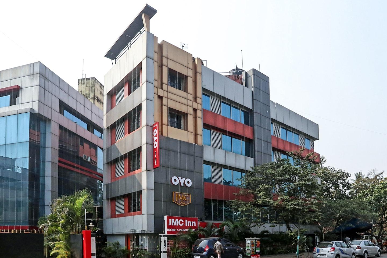 OYO 7633 JMC Inn -1