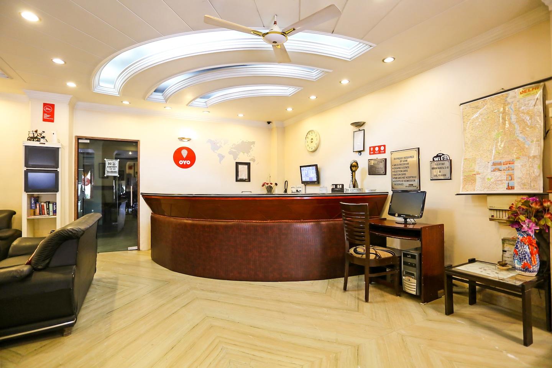 OYO Rooms 696 NH8 Mahipalpur Reception-1