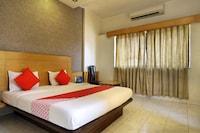 OYO 7693 Saish Hotel