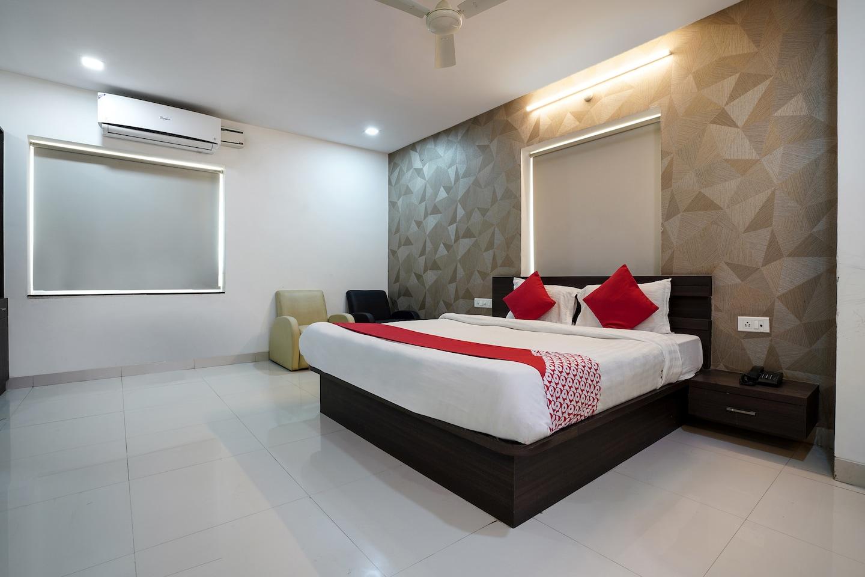 OYO 1120 Apartment Kondapur -1