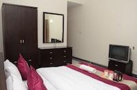 OYO Apartments 065 Koregaon Park Lane Number 5