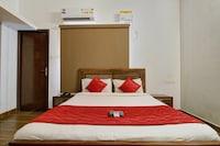 OYO 7791 Dakshin serviced Apartment Deluxe