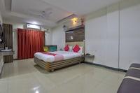 OYO 7824 Yagna Residency Deluxe