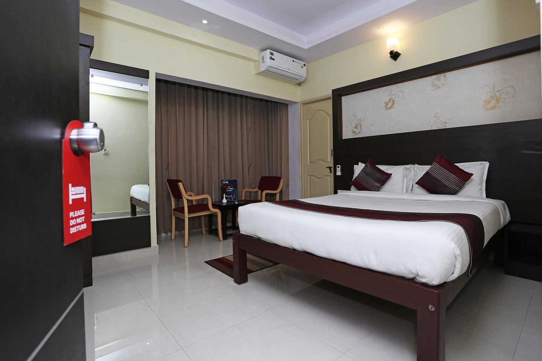 OYO 7875 Prakaash Comforts -1