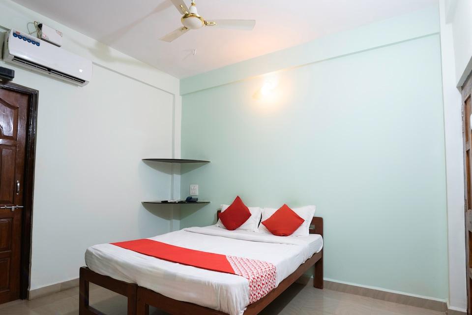 OYO 7882 La Caydens Guest House, Arambol Goa, Goa