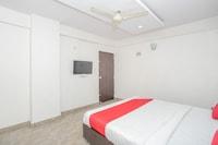 OYO 7888 Hotel Move Inn