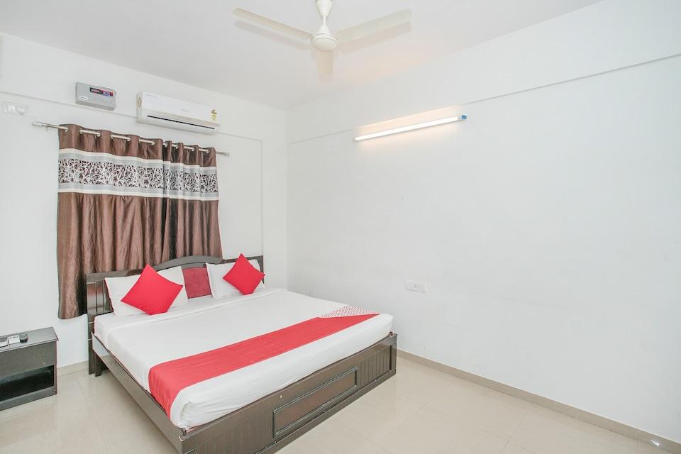 OYO 7889 Maruthi Home Stays