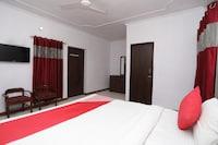 OYO 7928 Hotel Sehgal