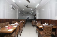 OYO 7928 Hotel Sehgal Deluxe