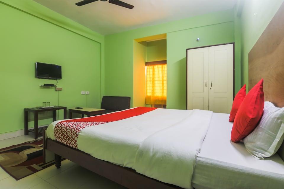 OYO 7934 Hotel Priyodarshani