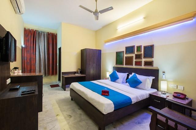 OYO Rooms 064 Bani Park Kabir Marg
