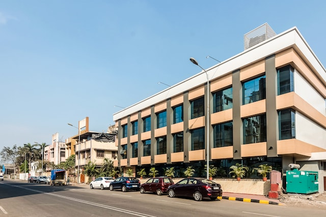 OYO 8010 Hotel Konar Inn