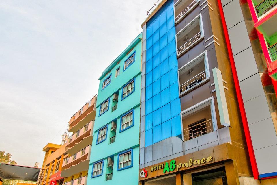 OYO 8023 Hotel A B Palace