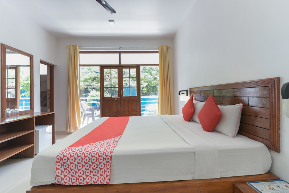 OYO 8025 Sky Blue Guest House