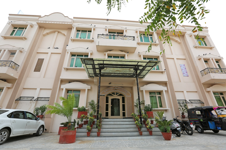 OYO Rooms 323 Malviya Nagar JLN Marg Facade-1
