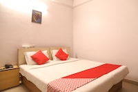 OYO 8115 Hotel Vinayak Inn