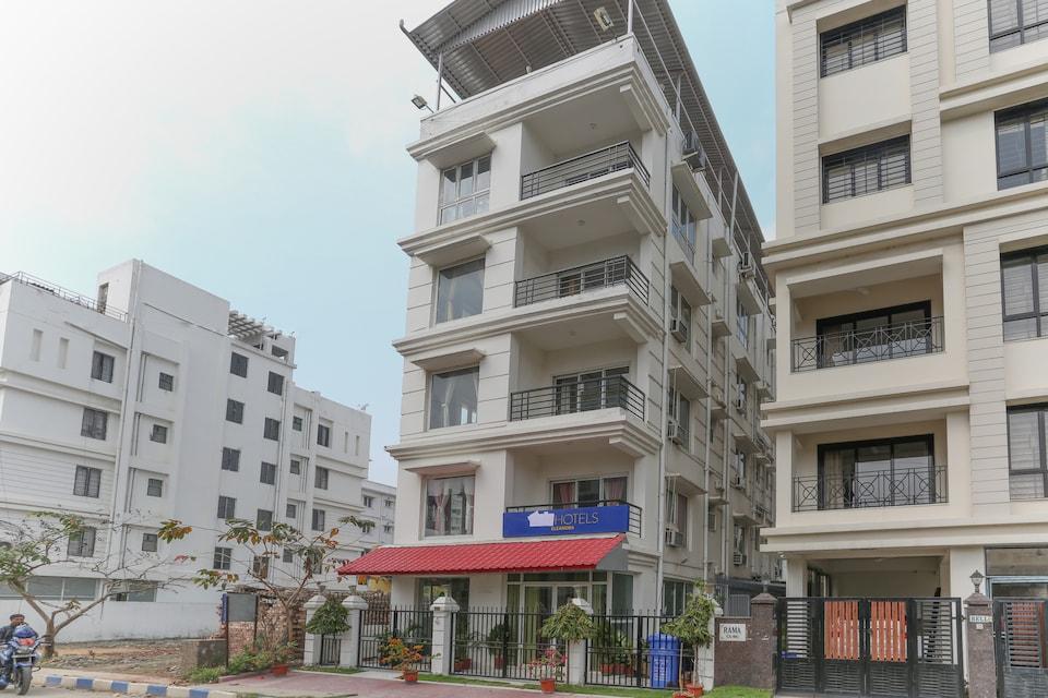 Capital O 8144 New Town, Rajarhat Kolkata, Kolkata